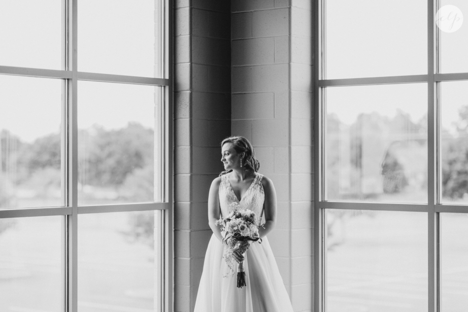 A-Grey-And-Pink-Classic-Romantic-Ohio-MidWest-Wedding_3346