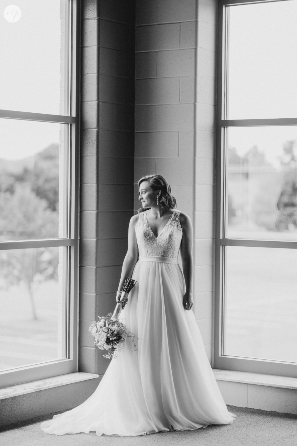 A-Grey-And-Pink-Classic-Romantic-Ohio-MidWest-Wedding_3351
