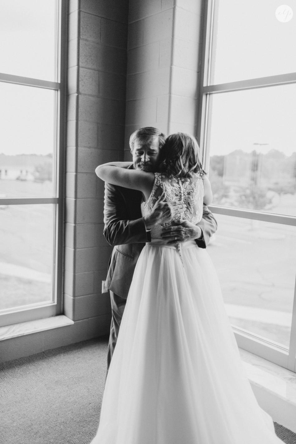 A-Grey-And-Pink-Classic-Romantic-Ohio-MidWest-Wedding_3360