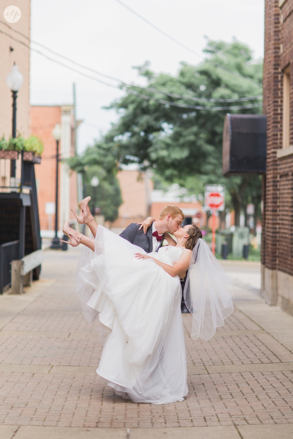 A-Grey-And-Pink-Classic-Romantic-Ohio-MidWest-Wedding_3405
