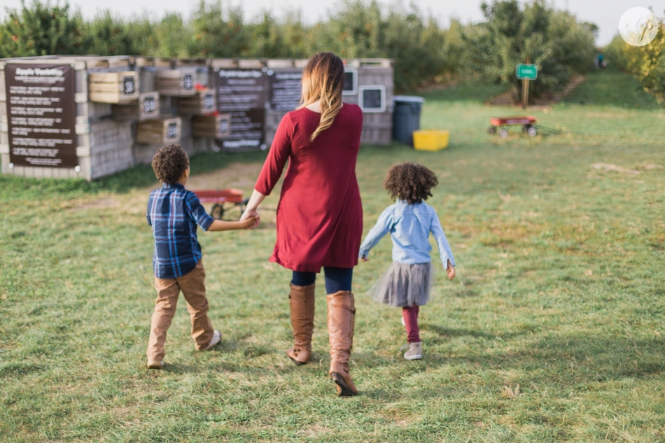 Tuttle-Orchard-Indiana-Family-Photography_3609