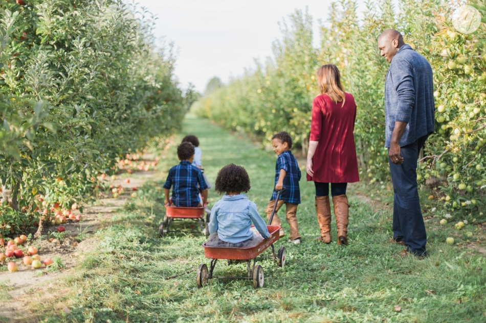 Tuttle-Orchard-Indiana-Family-Photography_3612