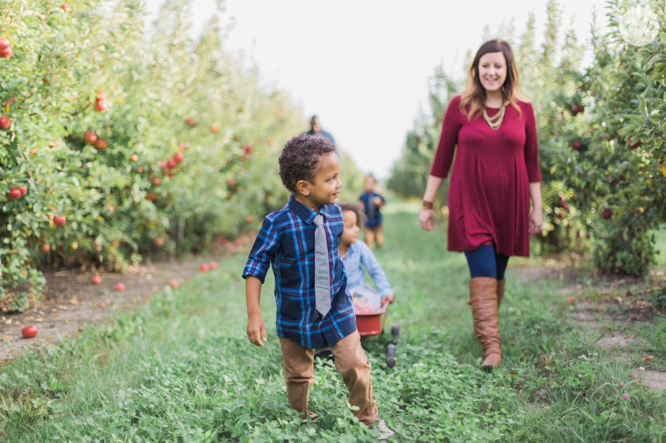 Tuttle-Orchard-Indiana-Family-Photography_3629