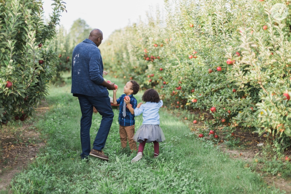 Tuttle-Orchard-Indiana-Family-Photography_3630