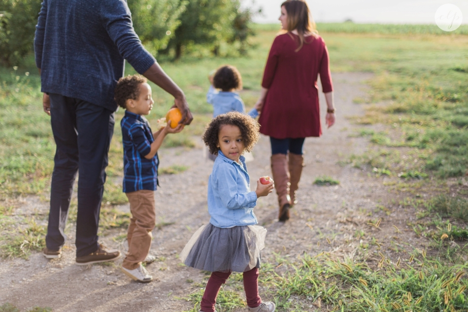 Tuttle-Orchard-Indiana-Family-Photography_3640