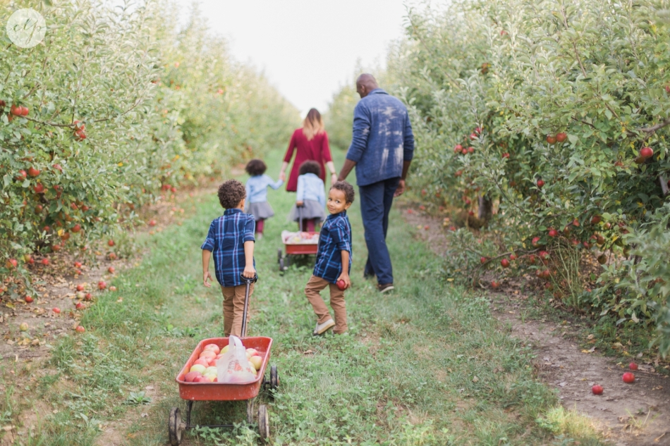 Tuttle-Orchard-Indiana-Family-Photography_3647