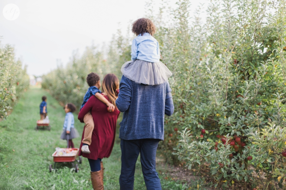Tuttle-Orchard-Indiana-Family-Photography_3649