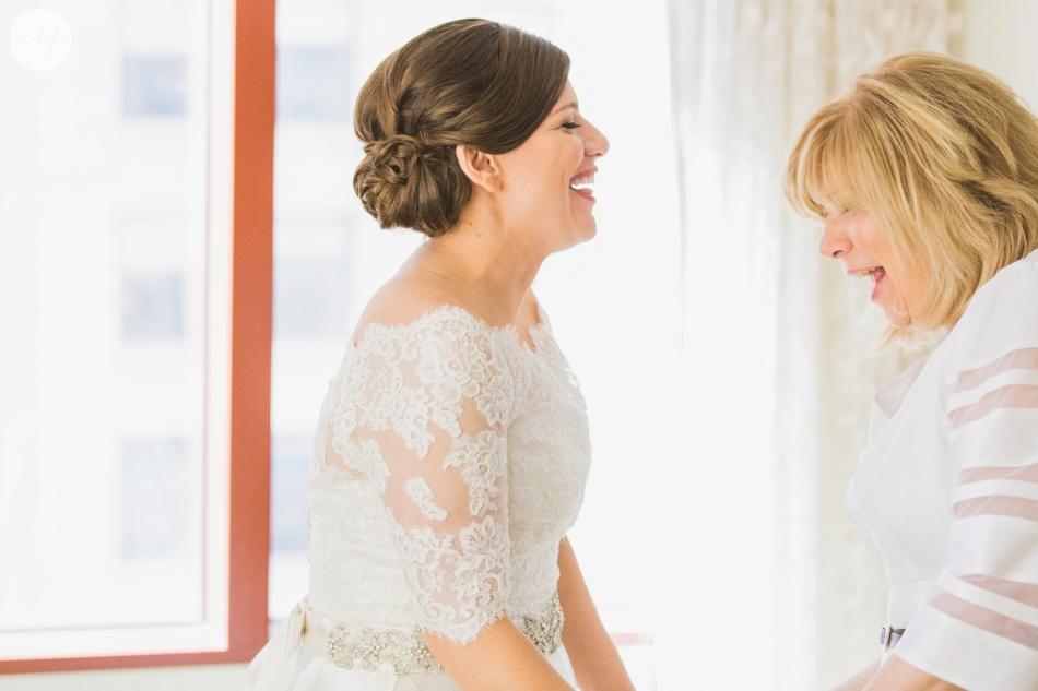 St-Patrick-Parish-Downtown-Cleveland-Ohio-Wedding-Photographer_3712
