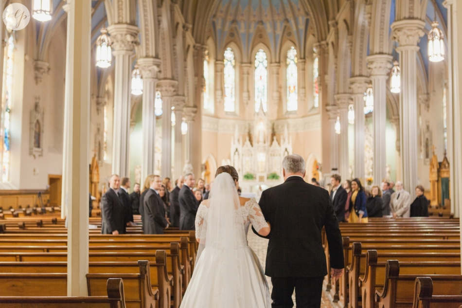 St-Patrick-Parish-Downtown-Cleveland-Ohio-Wedding-Photographer_3753
