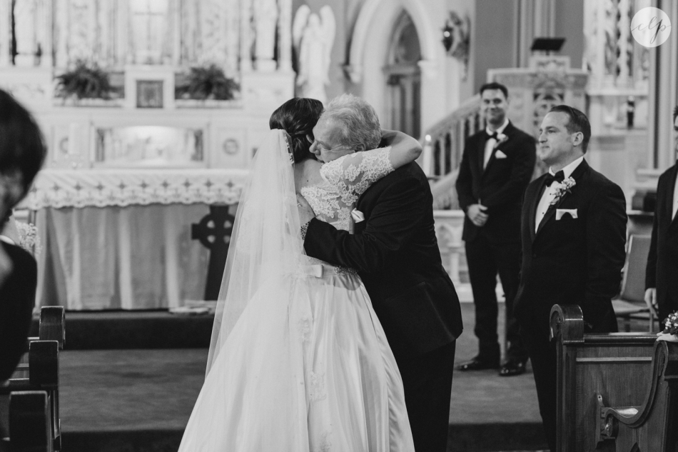 St-Patrick-Parish-Downtown-Cleveland-Ohio-Wedding-Photographer_3757
