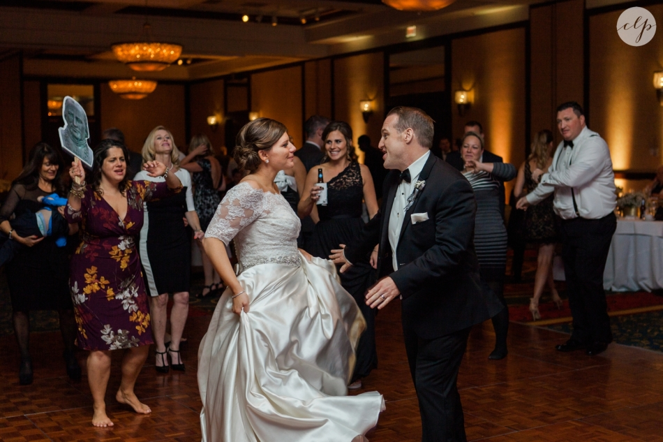 St-Patrick-Parish-Downtown-Cleveland-Ohio-Wedding-Photographer_3846